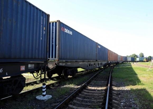 Укрзалізниця прийняла перший контейнерний поїзд із Китаю фото, ілюстрація