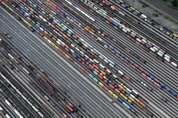 """Тарифи на вантажні перевезення """"Укрзалізниці"""" зростуть на 15% фото, ілюстрація"""