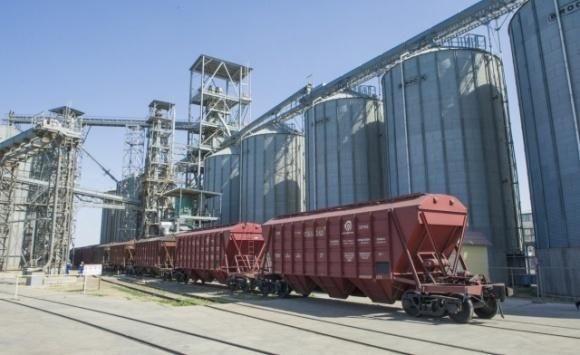 Українська зернова асоціація підтримує ініціативу Укрзалізниці щодо графікових перевезень зернових фото, ілюстрація