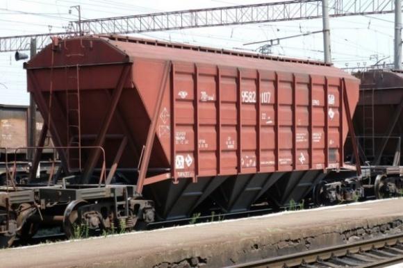 Приватним компаніям стане простіше інвестувати в закупівлю вагонів-зерновозів фото, ілюстрація