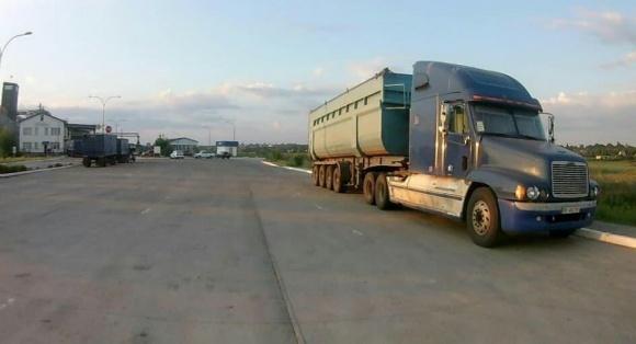 УЗА закликає змінити постанову Кабміну, що містить вимоги до контролю ваги вантажівок фото, ілюстрація