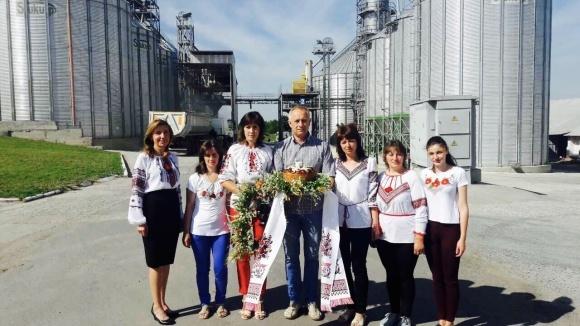 Волынская агрокомпания готова платить за местные земли по $5000 за гектар фото, иллюстрация