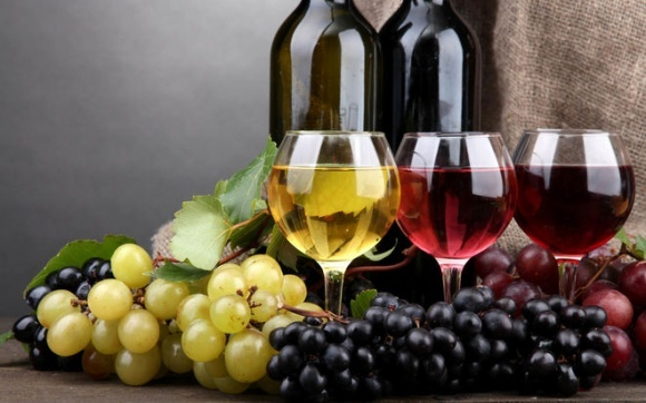 За три года Украина сократила экспорт вина почти в три раза фото, иллюстрация