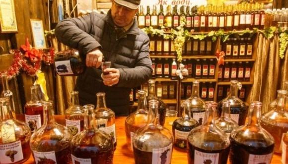 Верховная Рада упростила получение лицензий малыми винарнями фото, иллюстрация
