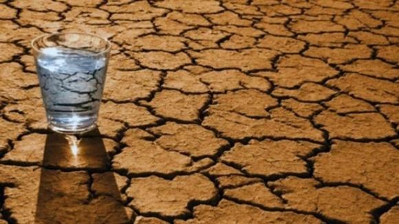 В Украине прогнозируют дефицит питьевой воды фото, иллюстрация