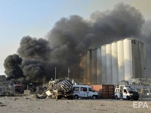 Взрывом в порту Бейрута уничтожено около 85% запасов зерна Ливана фото, иллюстрация