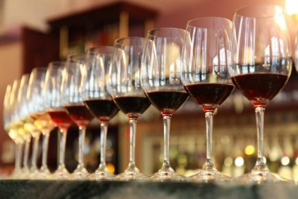 Українське вино популярніше за іноземне на вітчизняному ринку фото, ілюстрація