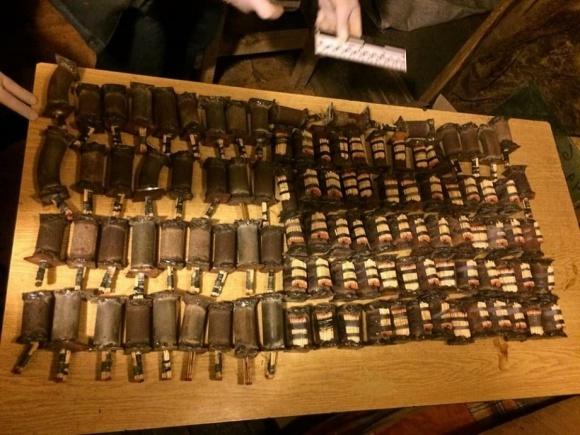 У фермера на Киевщине полиция нашла арсенал самодельного оружия и взрывчатки фото, иллюстрация