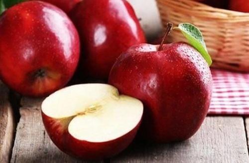 Украина обеспечила яблоками 18 стран мира фото, иллюстрация