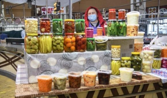 С сегодняшнего дня в Киеве начнут работать все рынки и ярмарки  фото, иллюстрация