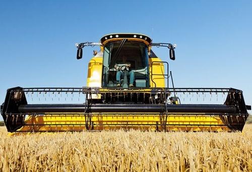 Программой компенсации части стоимости отечественной сельхозтехники воспользовались более 7000 хозяйств, - 1-й вице-премьер-министр фото, иллюстрация
