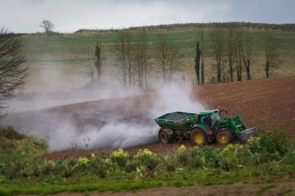 Агролайфхак: вапнування ґрунтів фото, ілюстрація