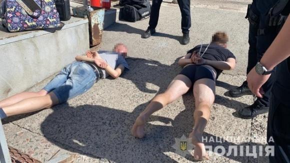 На Миколаївщині поліція спинила спробу рейдерського захоплення олійнопресового заводу фото, ілюстрація
