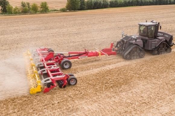 Ученые посоветовали, как избежать непродуктивных потерь влаги при подготовке почвы к посевной озимых фото, иллюстрация
