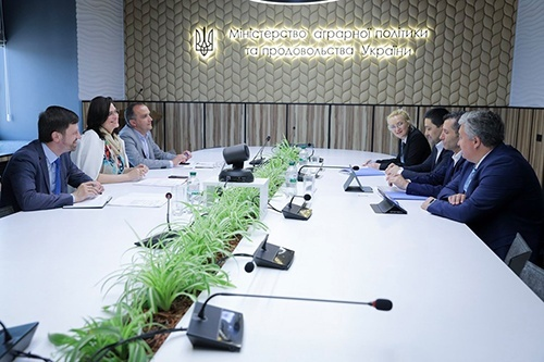 Минагрополитики и ФАО разрабатывают программу сотрудничества на 2020-2022 года фото, иллюстрация