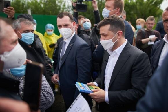 Зеленский рассказал, когда будут сняты ограничения на покупку земли иностранцами  фото, иллюстрация