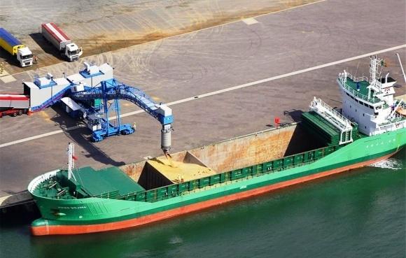 Усовершенствование законодательства по регулированию экспорта зерновых водными путями фото, иллюстрация