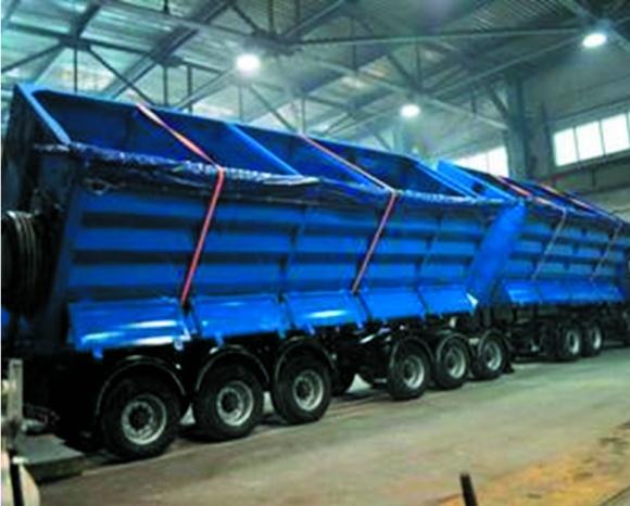 Грузовики помогут в случае дефицита вагонов-зерновозов фото, иллюстрация