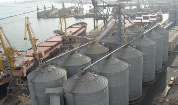 Зерновой терминал EVT будет сотрудничать еще с пятью крупными трейдерами фото, иллюстрация