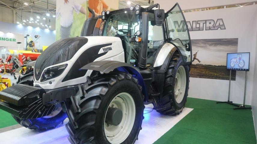 трактор Valtra серії Т