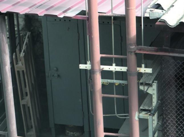 Специальное помещение для хранения баллонов с газами и кислородом