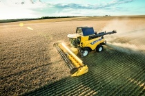 Зернозбиральний комбайн CR 9.80 Relevation компанії New Holland