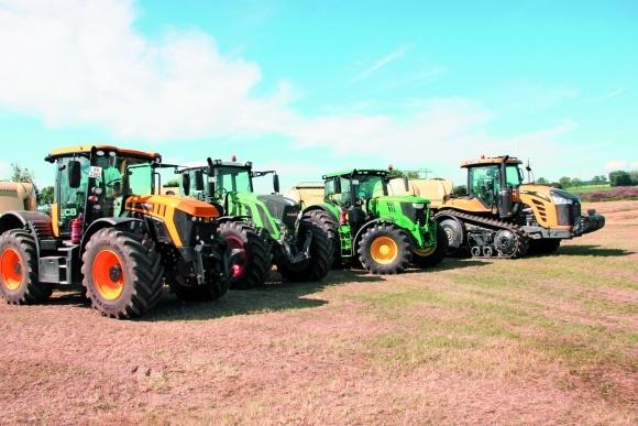 Рынок тракторов в Украине фото, иллюстрация