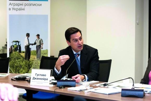 Без аграрної розписки в Бразилії не відбувається жодної фінансової транзакції фото, ілюстрація