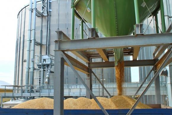 Маленькие порты отнимают работу у крупных в экспорте зерна фото, иллюстрация