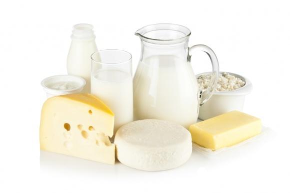 Справиться с фальсификатом молочки помогут коллективные иски фото, иллюстрация