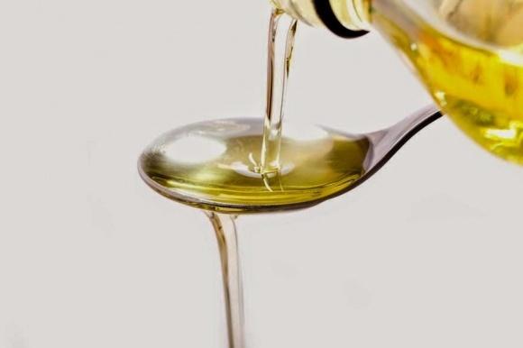 Налоговики обнаружили подпольное производство подсолнечного масла фото, иллюстрация