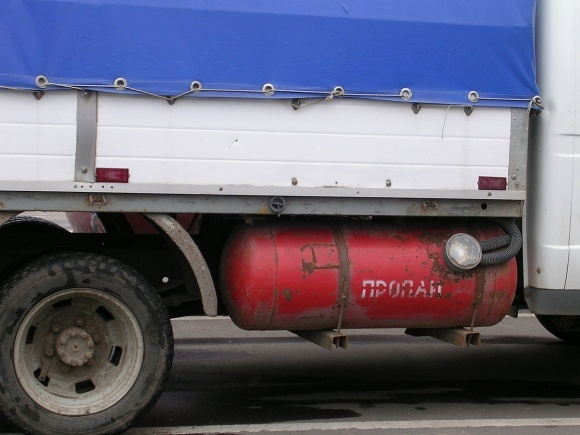 Сжиженный углеводородный газ начал дорожать. Посевная не за горами фото, иллюстрация