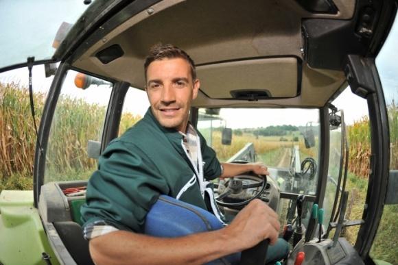 КМУ выделил 38 млн грн на обучение трактористов фото, иллюстрация