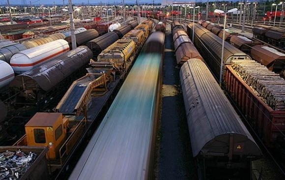 Мининфраструктуры хочет повысить грузовые ж/д тарифы без обсуждения с бизнесом фото, иллюстрация