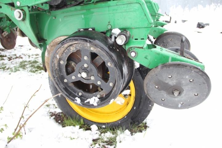 Опорне колесо сошника